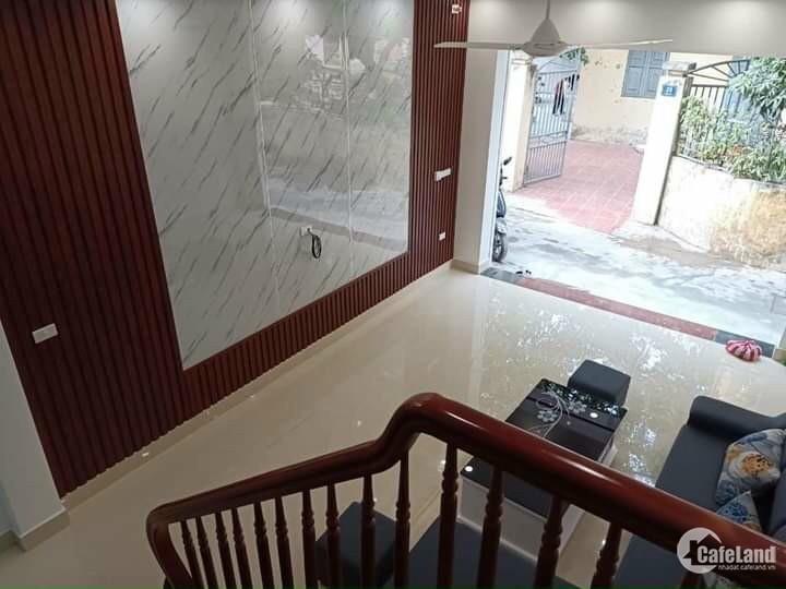 Bán nhà 3 tầng phố Bình Lộc, Tân Bình, 45m2, mt 4m, 3 ngủ, 1 tỷ 790 triệu