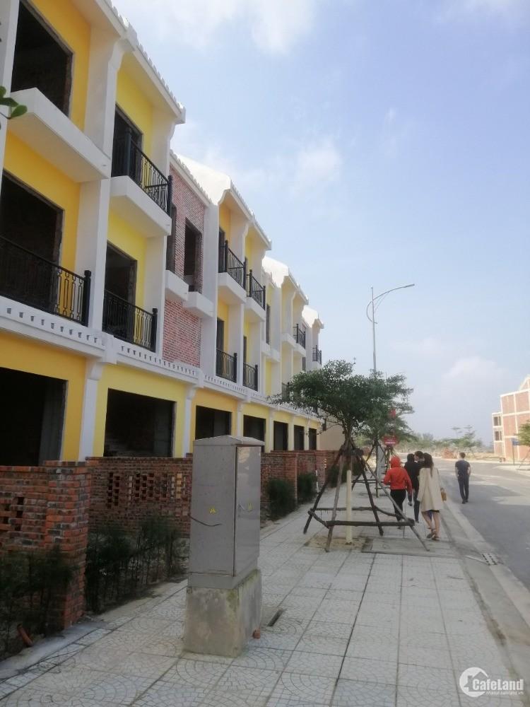bán nhà phố 100m2 5PN hành phố  Hội An