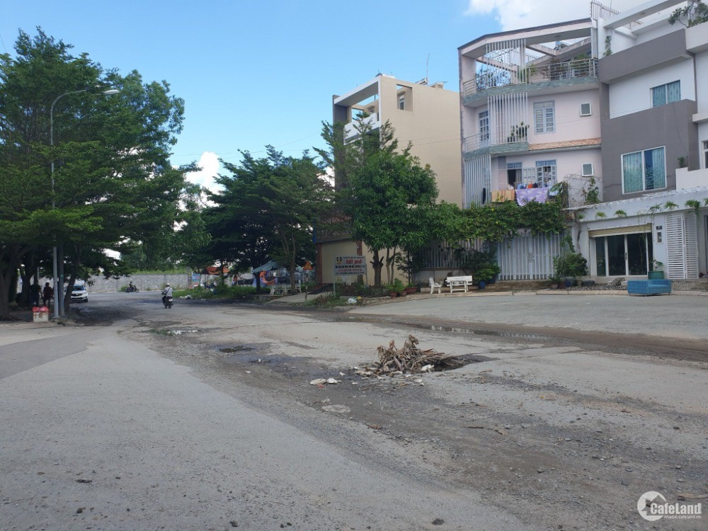 Bán nhà MT đường 20m Hoàng Anh Minh Tuấn, cách Đỗ Xuân Hợp – 50m