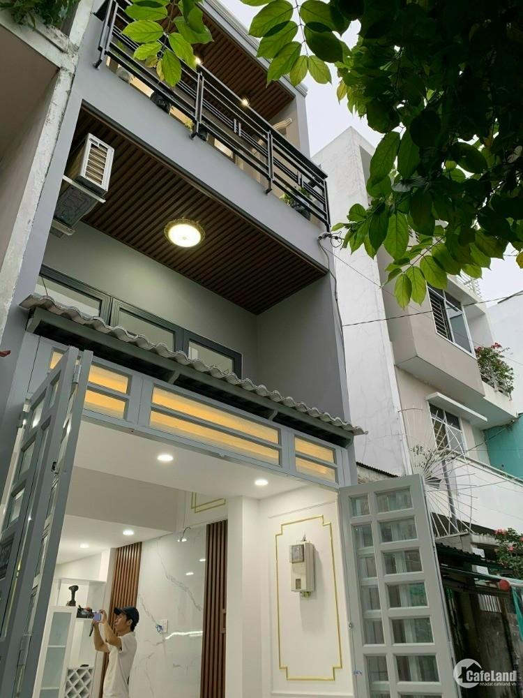 Bán nhà hẻm 536/ Âu Cơ, Nhà đẹp full nội thất, hẻm 3m thông gần MT đường.