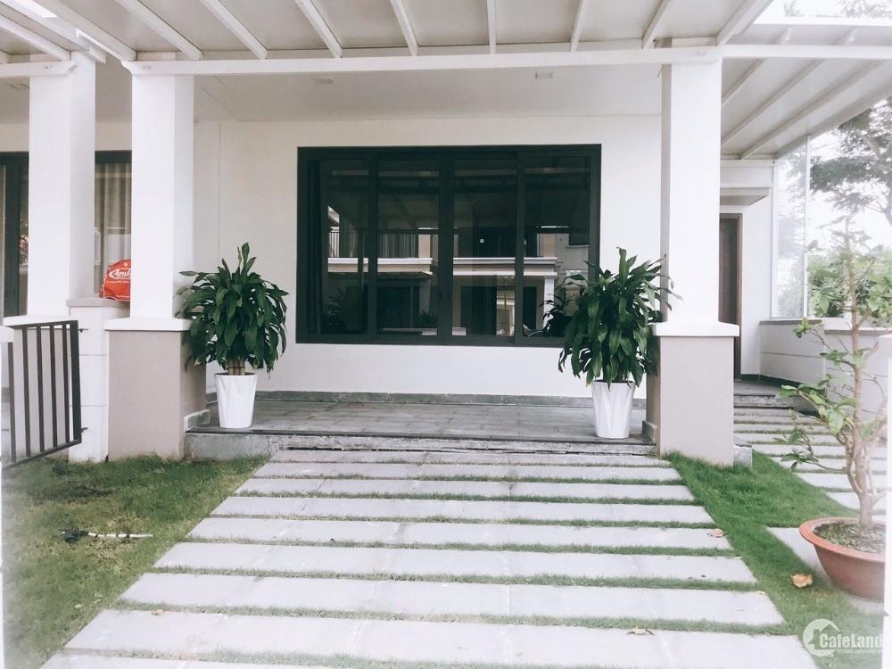Cho thuê biệt thự Nine South, đường Nguyễn Hữu Thọ, Nhà Bè, nhà đẹp giá rẻ.