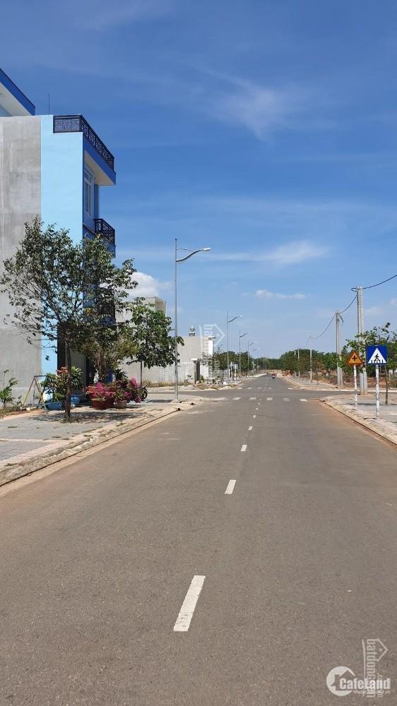 Đất đẹp 2 MT đường 20m, 100m2 thổ cư, 9tr5/m2 trung tâm Phú Mỹ, Bà Rịa-Vũng Tàu