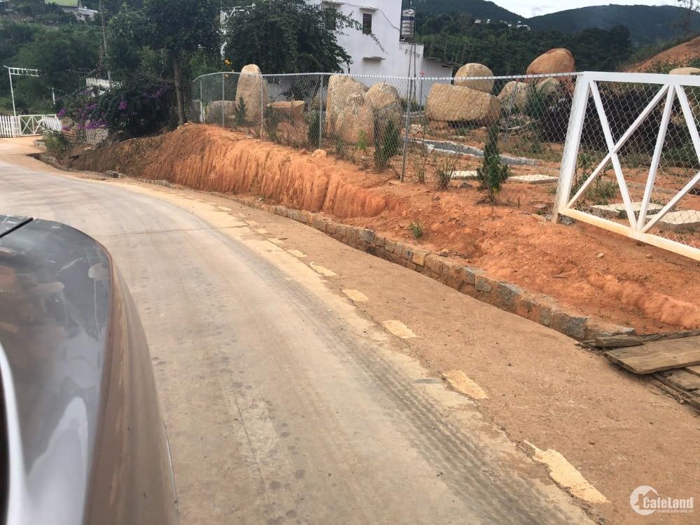 Cần bán 1440m2 thị trấn Nam Ban, Lâm Đồng, giá 1.5tr/m2