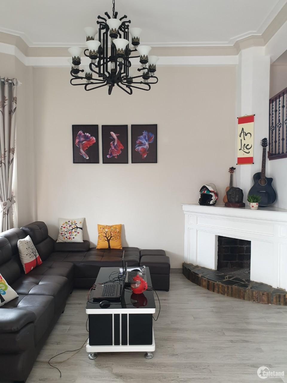 Bán biệt thự sân vườn 265 m2, FULL nội thất đường Cao Thắng, P.7, Đà Lạt giá