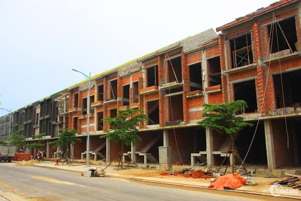 Nhà phố 3 tầng Nam Hội An có sổ cách VINPEARLAND NAM HỘI AN 2Km