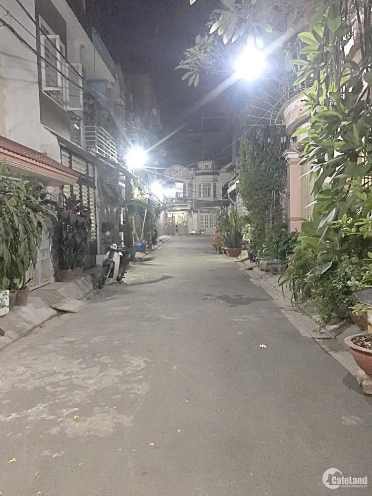 Bán nhà P6, Tân Bình, DT (5,5*11,5m) giá chỉ 5.5 tỷ/LH:0978.085.762