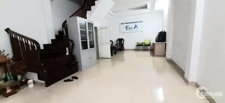 Bán nhà Phạm Văn Đồng, Bắc Từ Liêm, kinh doanh, văn phòng, 45m2 MT5m, 7.99 tỷ.