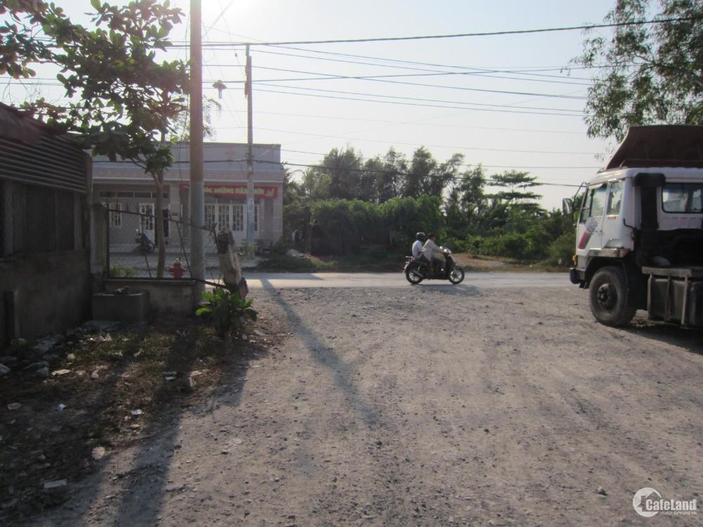 Cần bán đất 2 mặt tiền đường Nguyễn Văn Tạo, có mặt tiền sông, vị trí đẹp