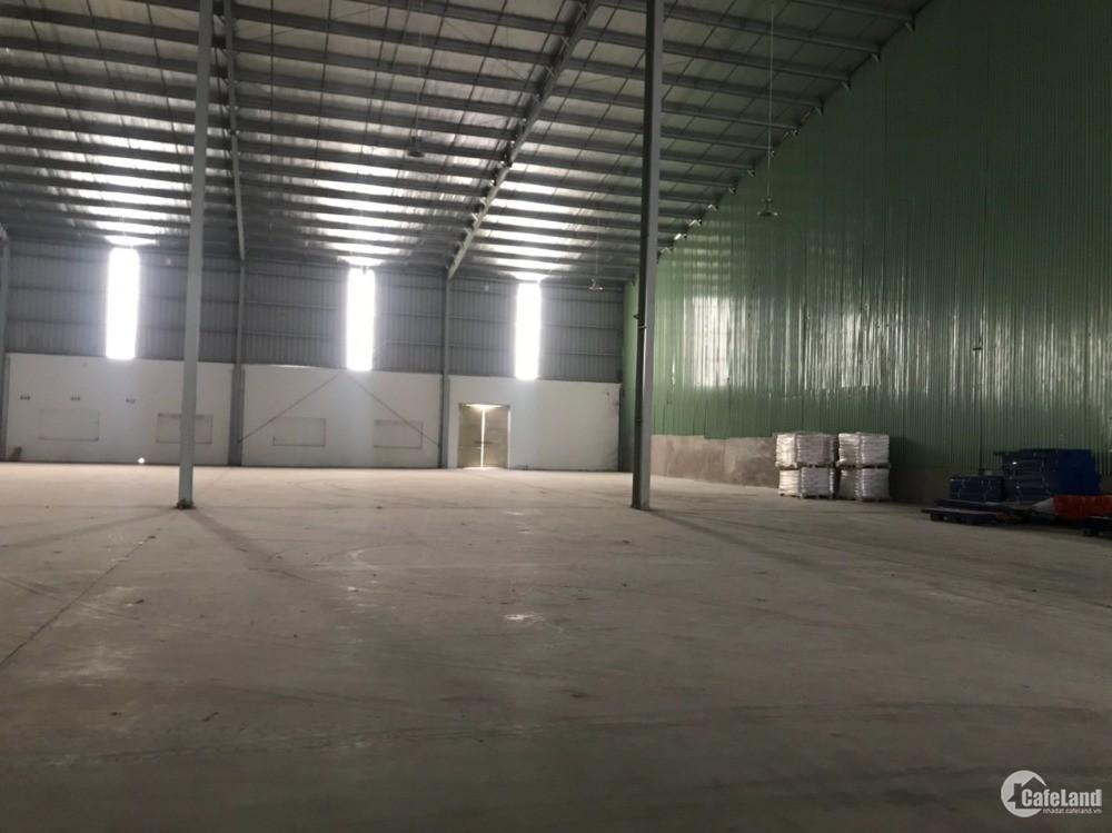 Cho thuê nhà xưởng Dt 2100m2 tại KCN Tiên Sơn, xe công lùi vào tận xưởng
