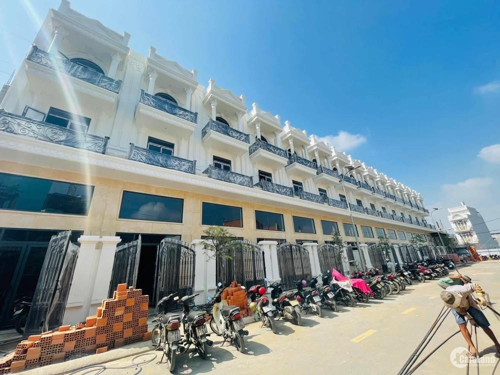 Bán nhà phố 1 trệt 4 lầu mặt tiền Hà Huy Giáp Q12
