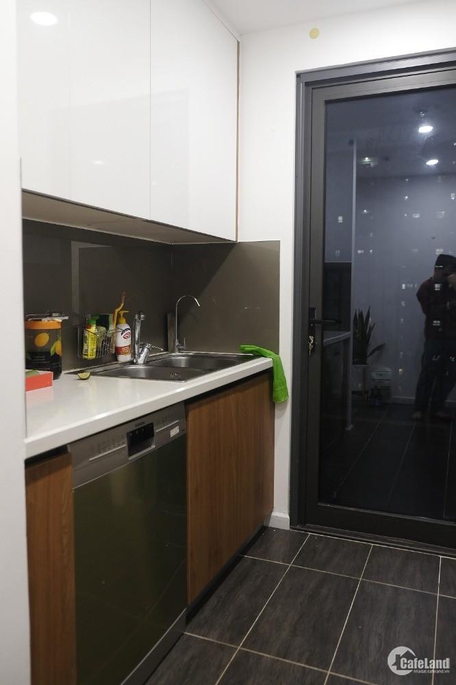 Bán gấp căn hộ chung cư 6Th Element - DT 109m2, 03PN, giá 5 tỷ 3 ( bao sang sổ đ