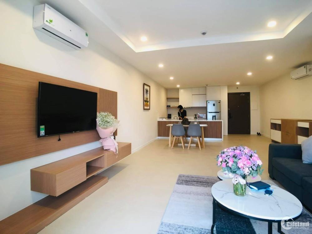 Chuyển nhà cần bán gấp nhà tại Kosmo Tây Hồ - 101m2- giá 43 triệu/m2.