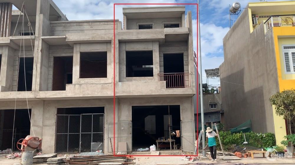 KDC Thắng Lợi, phường Tân Đông Hiệp, Tp Dĩ An, tỉnh Binh Dương. Nhà 1 lầu 1 trệt