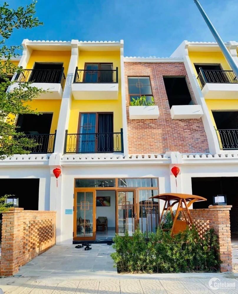 Nhà phố 3 tầng ven sông THU BỒN của Công ty CP Đạt Phương đầu tư