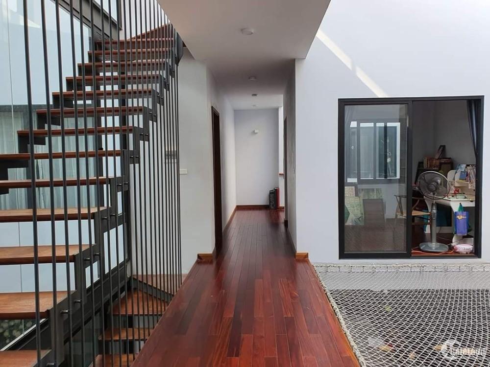 Chính chủ bán Biệt thự đẹp Tư Đình Long Biên 242 m2, 3 tầng, giá nhỉnh 10 tỷ