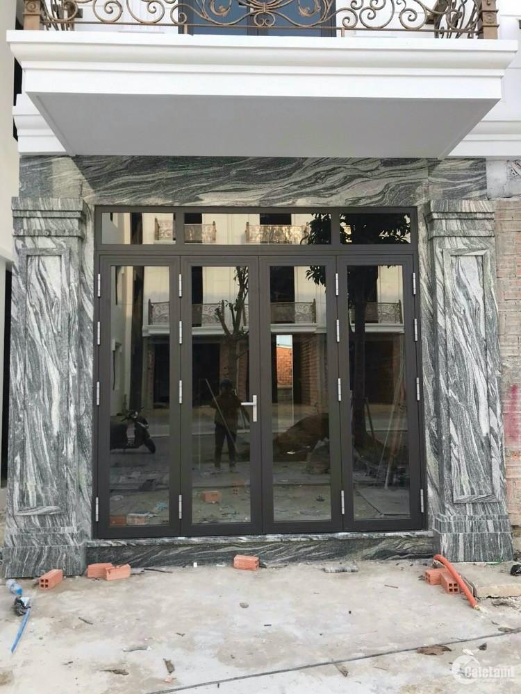 Mở bán GD1 dự án nhà phố xây sẵn ngay trung tâm Tp Dĩ An giá 5 tỷ/căn hoàn thiện