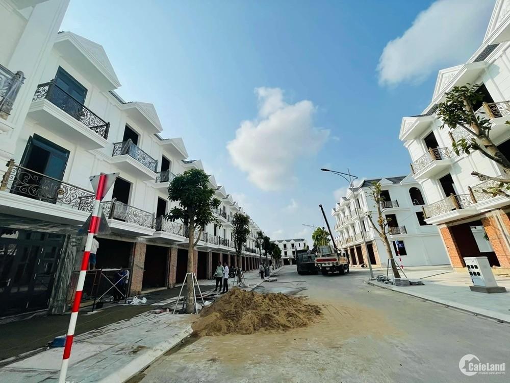 Bán nhà phố mặt tiền đường Đông Tác Cité D'amour Dĩ An giá 4.5 tỷ/căn 75m2
