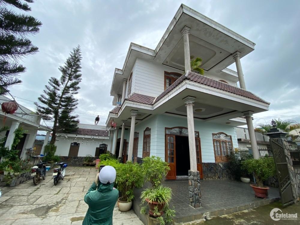 Cần bán gấp Biệt Thự View cực đẹp 750m2 chính chủ ngay trung tâm Tp - Bảo Lộc