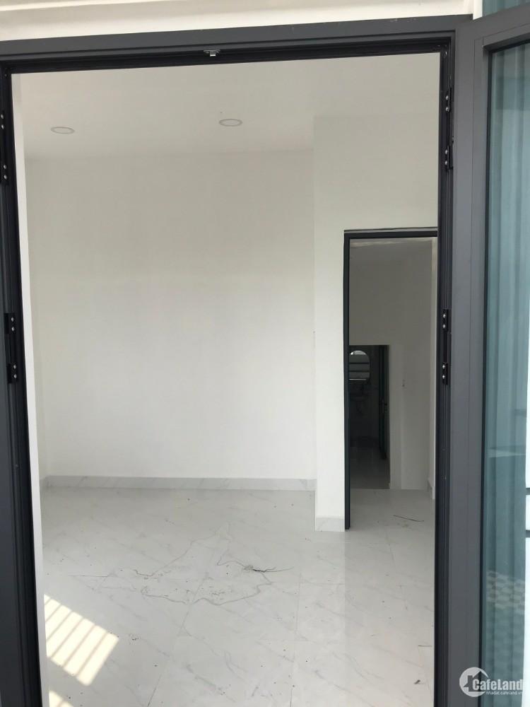 Bán nhà mới xây giá rẻ ở Cần Giuộc Long An