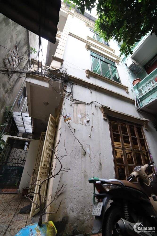 Kẹt tiền bán gấp nhà full nội thất ngõ 33, phố Lãng Yên, Hai Bà Trưng