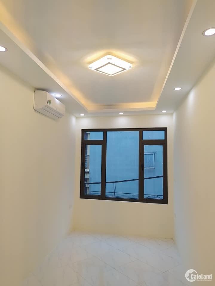 Bán nhà 3 tầng, sổ riêng, khu vực Minh Khai, Hoàng Mai.