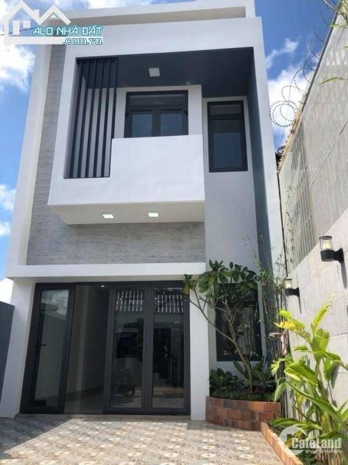 Bán nhà 1 lầu đường Đinh Đức Thiện, 100m2, có sổ hồng riêng, xây dựng tự do