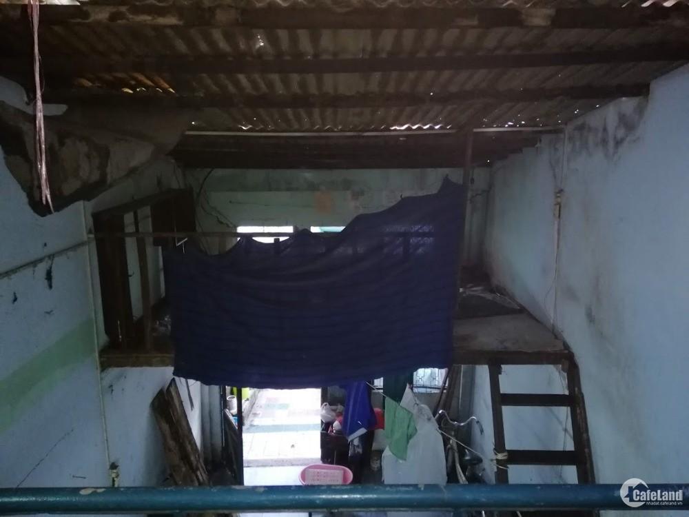 Bán nhà nát  291/36A Đoàn Văn Bơ,  Phường 14, Quận 4, diện tích đất 68m2