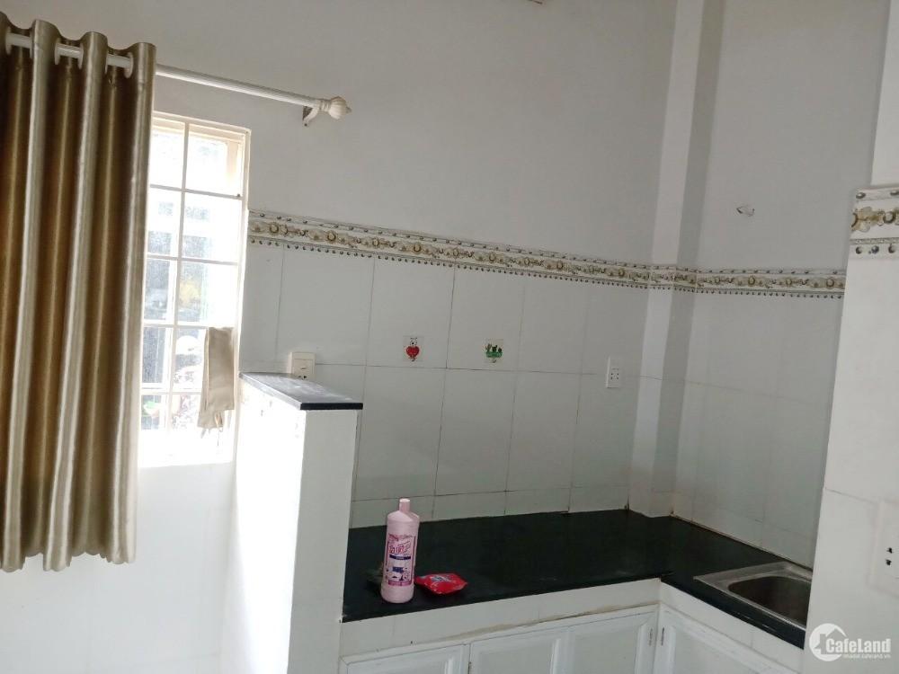Nhà mới, đẹp, sàn BTCT, 2 lầu/ST, hẻm Hưng Phú P9Q8