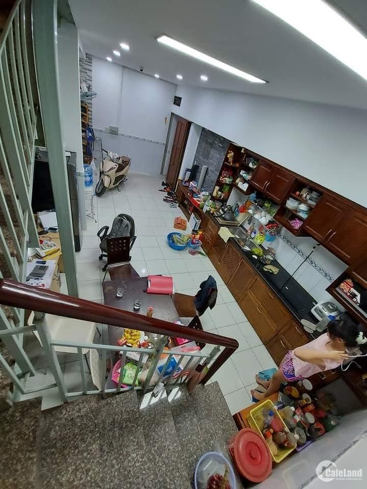 Nhà to 68m2 2T/3PN Trần Văn Quang F10, Tân Bình
