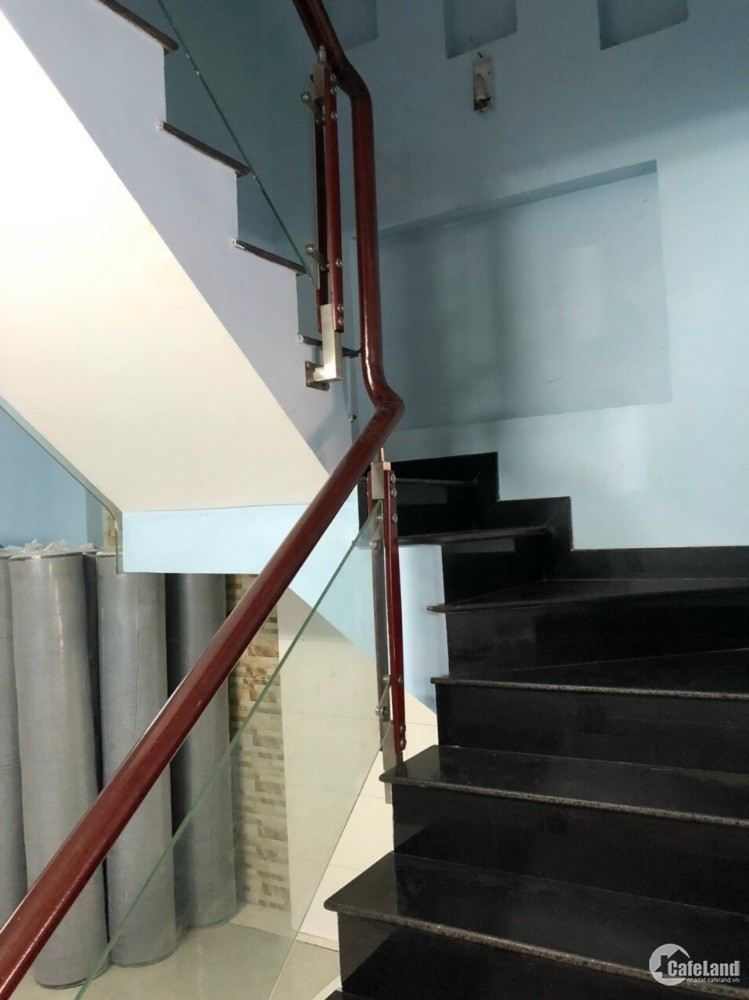 Nhanh còn kịp nhà Tân Sơn Nhì 4,15x12m trệt 2 lầu sân thượng đúc BTCT