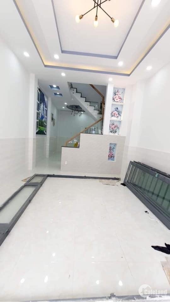 Bán nhà Thoại Ngọc Hầu 3 tầng mới đẹp + ô tô đổ cửa, giá 5.4 Tỷ