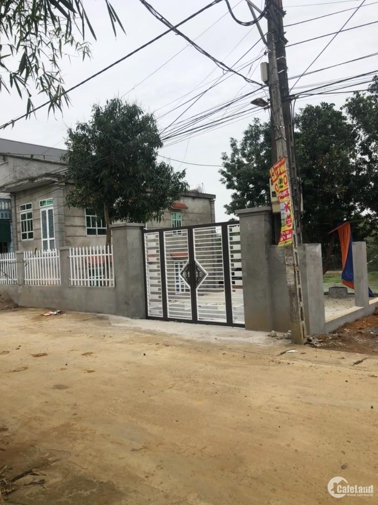 Đất nền Đông Yên tặng nhà 2 tầng 6 phòng đầy đủ tiện nghi gần Dh09