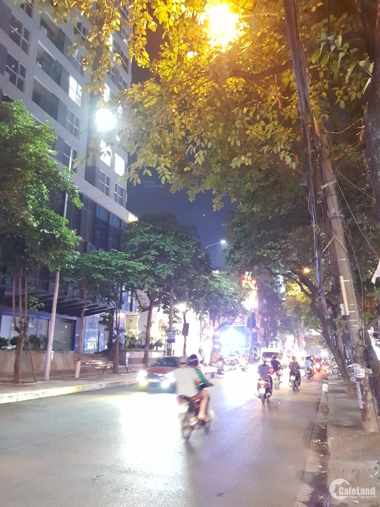 Bán nhà MP Nguyễn Tuân. Vỉa hè. 95m2 5T thang máy MT10m nhỉnh 22 tỷ