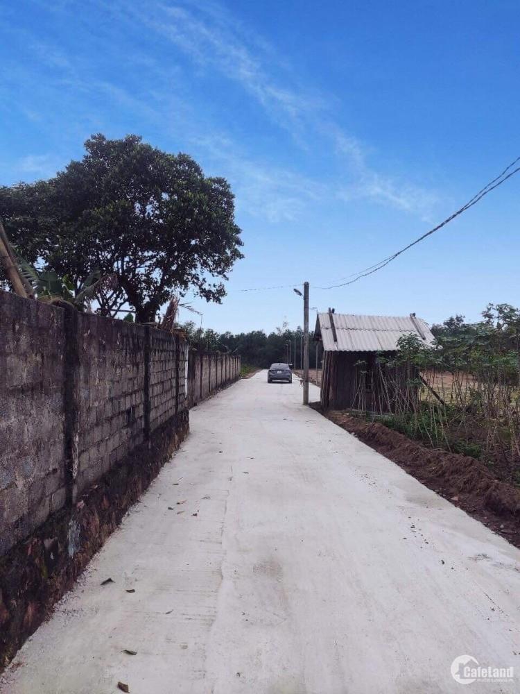 Bán đất cho người thu nhập thấp muốn gần thành phố