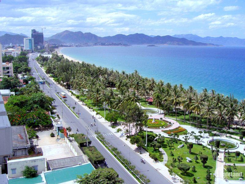 Cần bán gấp lô đất chính chủ ngày trường mầm non Hoa Lan Cam Hải Tây 5x43 giá 900tr