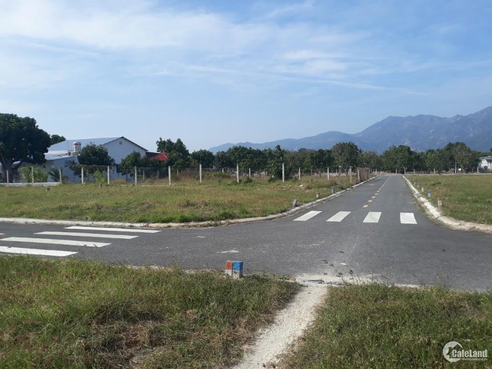 700 tr 1 lô đất full thổ ngay trung tâm huyện Cam Lâm cách biển 4km 5x19