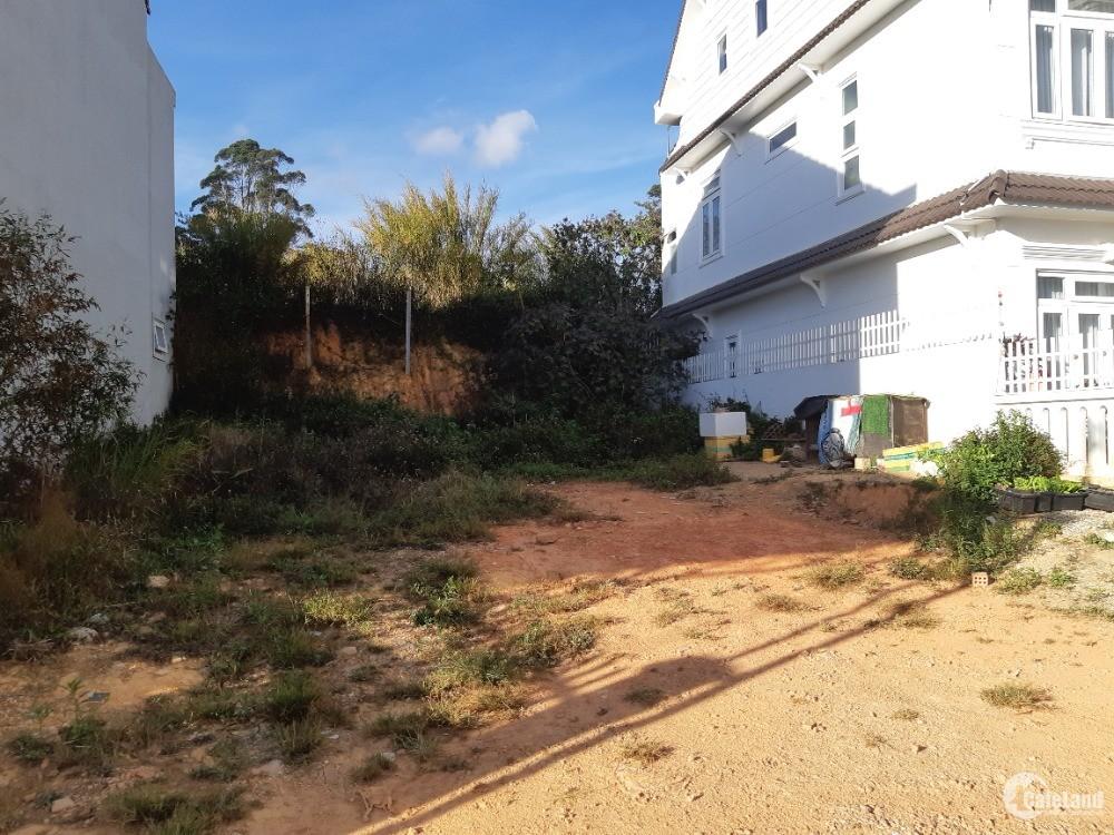 Bán lô đất xây dựng biệt thự nghỉ dưỡng gần trung tâm đà lạt, phường 9