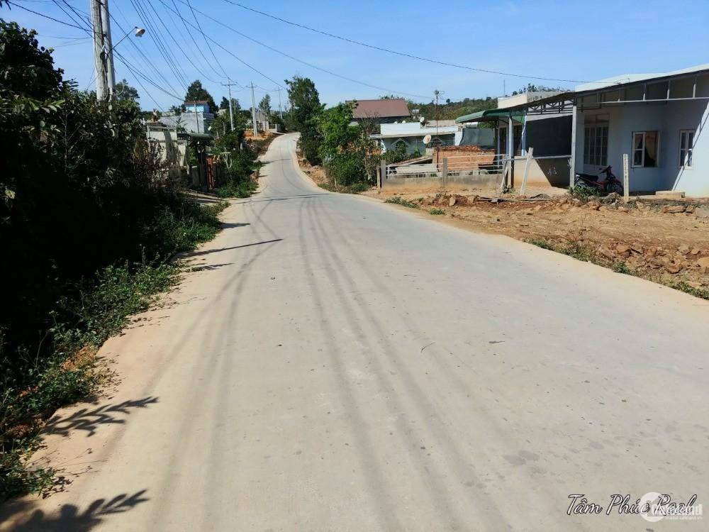 Bán đất 20x65,có 200m thổ cư,thôn Thiện Chí,Ninh Gia,Đức Trọng,giá 2,6 tỷ TL