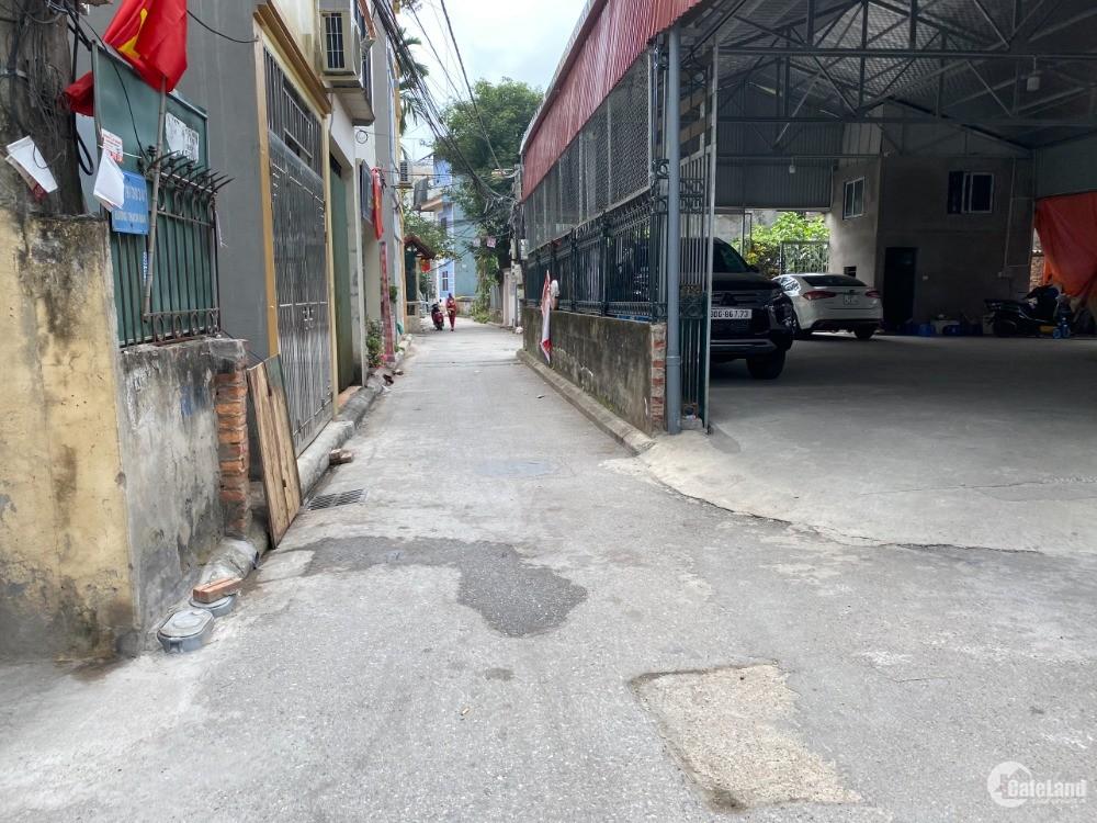 Chủ nhà cần tiền đầu tư bán rẻ 40m xóm 1 Đông Dư