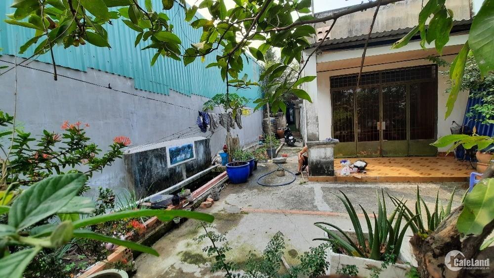 Cho thuê nhà có đất rộng thuận tiện kinh doanh (cho thuê lâu dài)