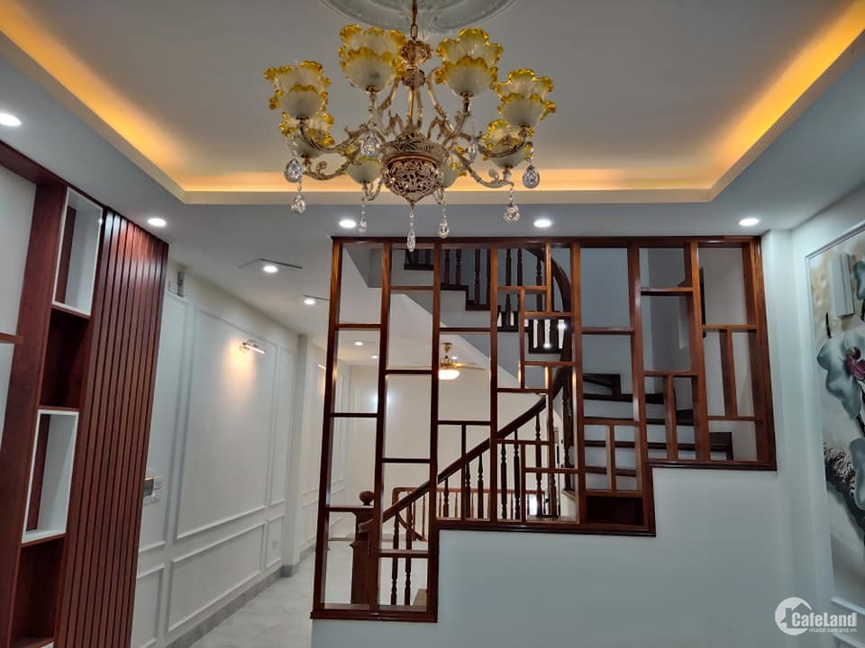 nhà liên kề  phân lô khu đô thị văn la  50m2  xây  5 tầng MT 4.2m giá 6,6