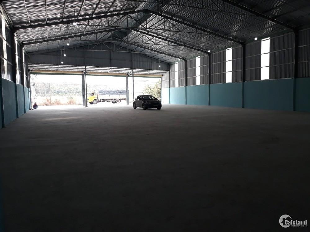 Cho thuê xưởng tại Bình Mỹ Tân Uyên. Tổng diện tích 1000m2. Đường nhựa container