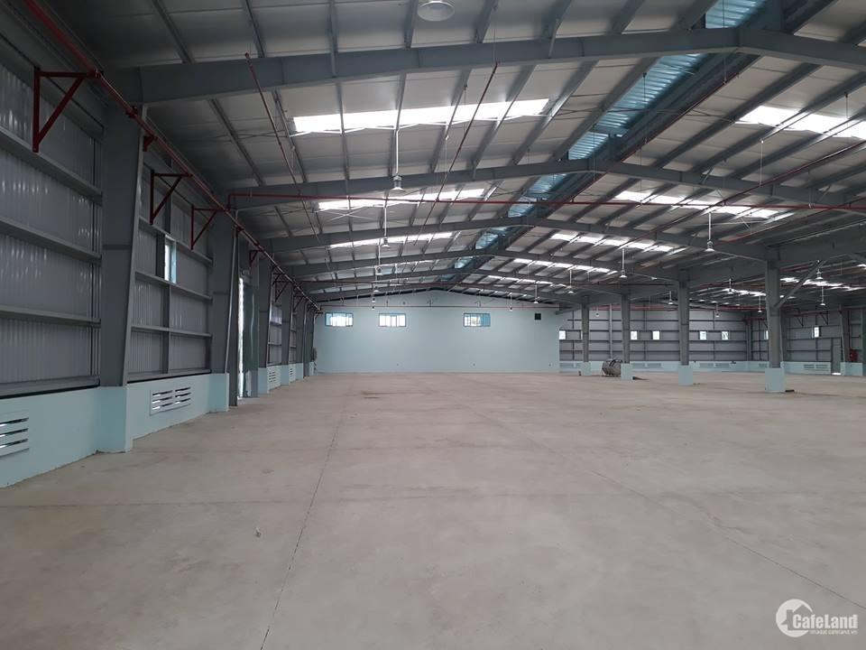 Cho thuê nhà xưởng tại KCN Đại Đồng, dt 4480m2 xưởng 1tầng có sẵn văn phòng
