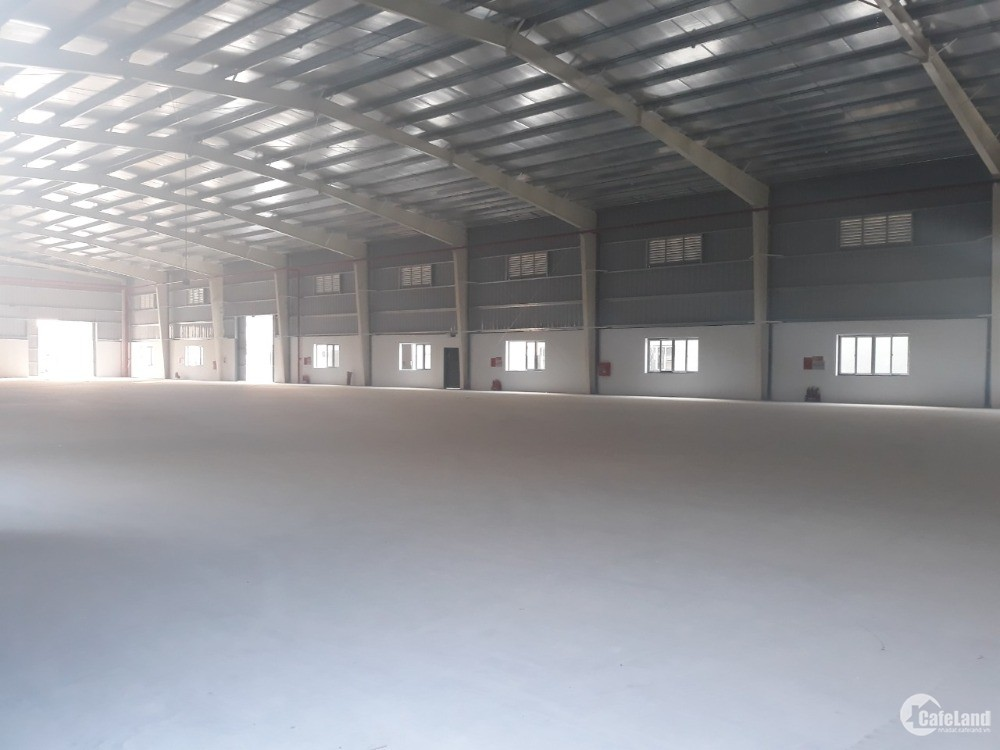 Cho thuê xưởng 9000m2 KCN Quế Võ, xưởng mới, bàn giao tháng 4. LH 0988457392