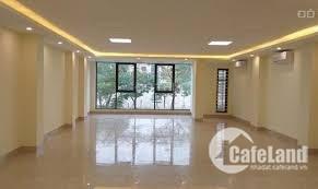 Văn phòng 224m2 Đường Láng, điều hòa trung tâm, sàn thông, giá 150.000đ/m2.