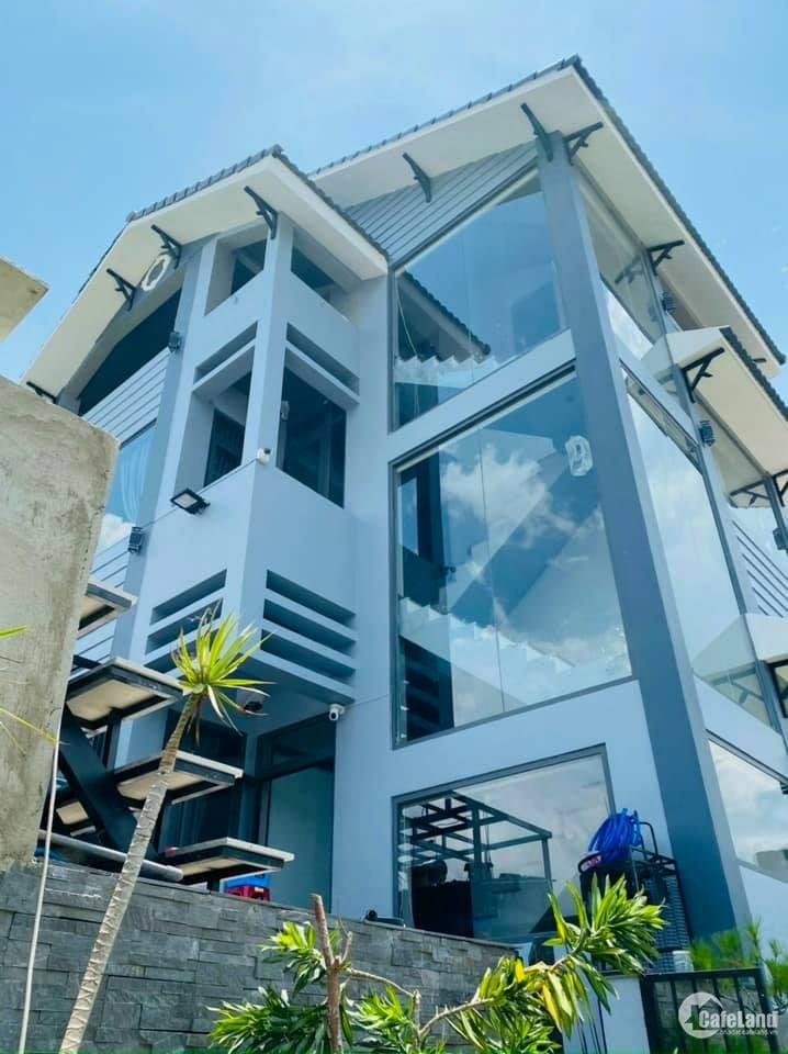 Bán biệt thự đẹp giá tốt view 4 mặt thoáng thành phố Đà Lạt
