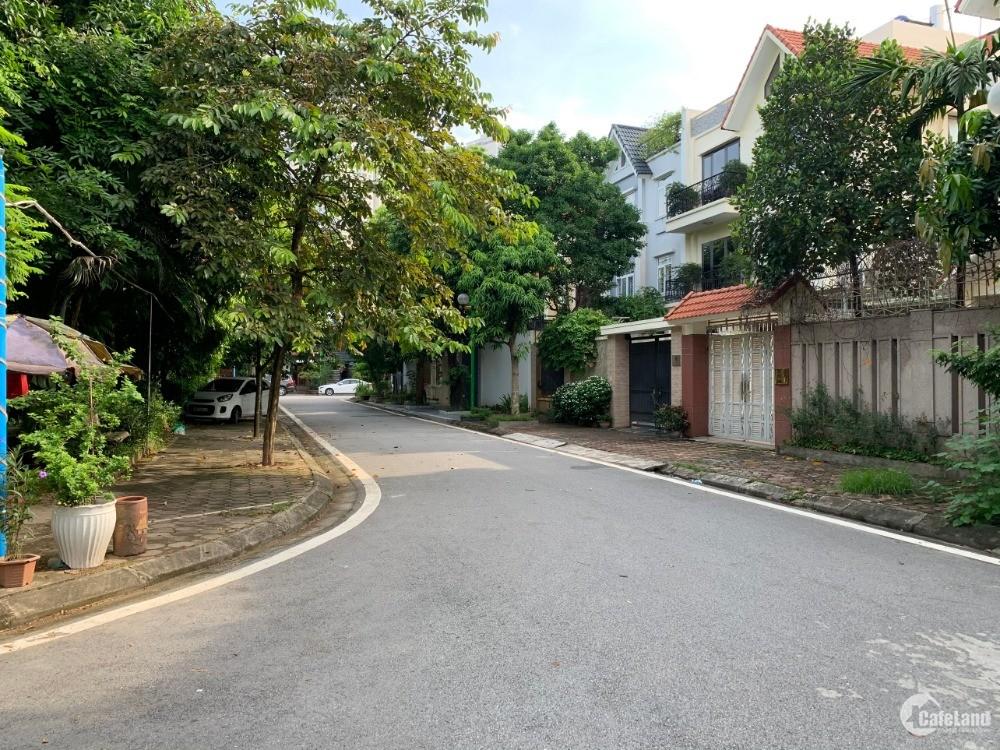 Chính chủ bán Biệt thự Tây Nam Linh Đàm - Hoàng Mai - lô góc,ô tô tải tránh