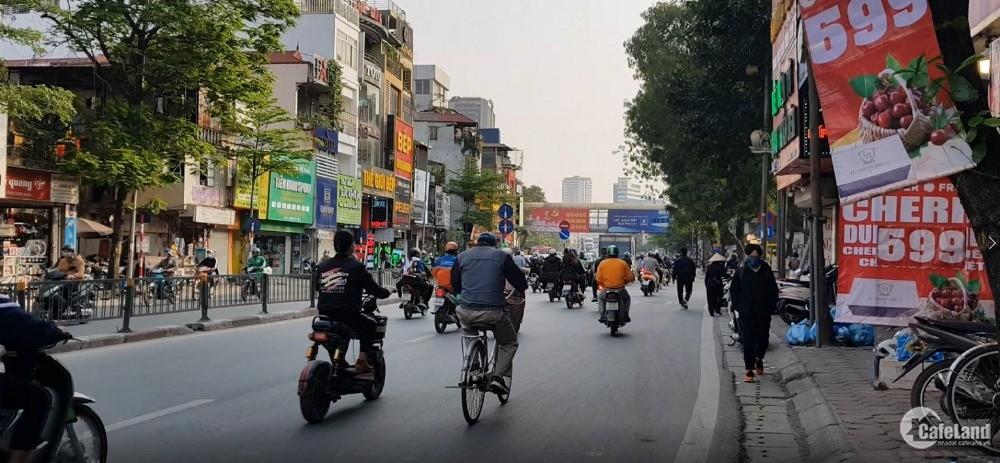 Bán nhà mặt phố Tây Sơn, Đống Đa. Vỉa hè, ô tô, KD. 136m2 giá 23 tỷ