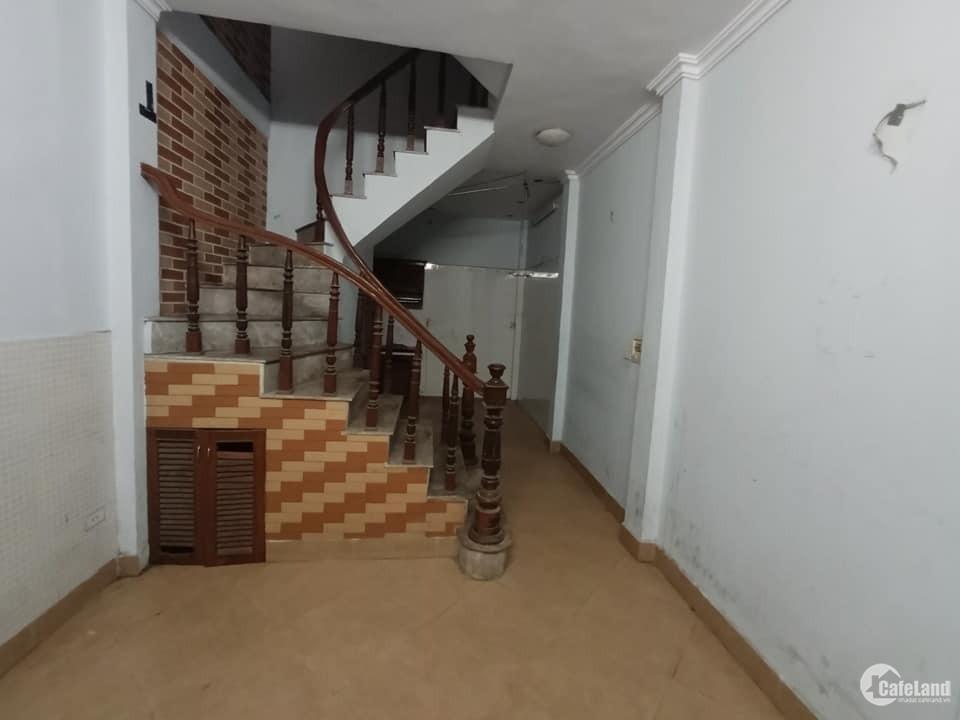 Bán nhà ngõ Đại Cồ Việt, P Bách Khoa, Hai Bà Trưng, DT 30m2, 4 tầng, 3.9 tỷ