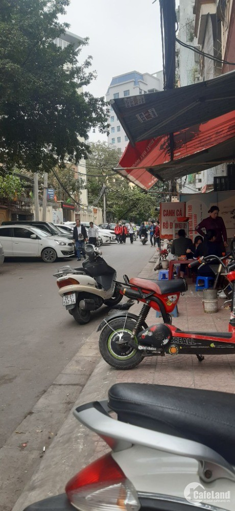 Bán nhà ngõ 27 Đại Cồ Việt, Hai Bà Trưng 3,9 tỷ gần oto tránh